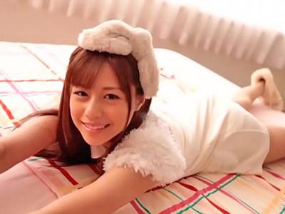 【エロ動画】美乳美少女・瑠川リナは何をされてもカメラ目線!うっとりとしたフェラ顔やザーメンまみれの顔がエロすぎる!