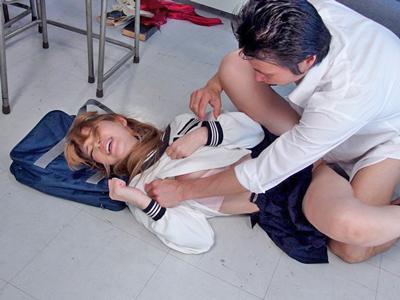 【エロ動画】鬼畜な同級生にNTRレイプされてしまったギャルJK・ティアは、激しい手マンで潮吹きしたりザーメンまみれに!