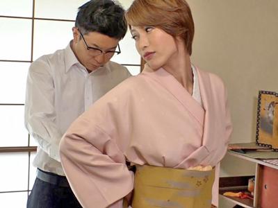 【エロ動画】和服が似合う美人ママ(君島みお)×息子の近親相姦!エッチな気分になったママは、息子チンポでピストンされて乳揺れしながら感じっぱなし!