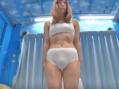 【エロ動画】骨盤矯正のはずが…MM号に連れ込まれた人妻さんは、アナルをバイブで弄られ他人棒で寝取られる!