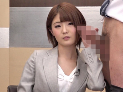 【エロ動画】ニュース原稿が喘ぎ声と淫語に変化!?真面目な女子アナがセックス風景を全国に生放送!