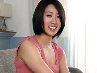 【エロ動画】元女子アナが淫らに変身!69でたっぷり攻めたり顔騎クンニされて身体をクネクネ、騎乗位ではエッチな腰使いも!