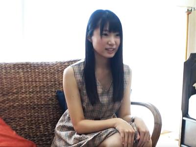 【エロ動画】AVデビューしたちっぱい素人娘が、男優チンポで激しくピストンされ「ダメ!ダメダメ!」と悶絶絶頂!