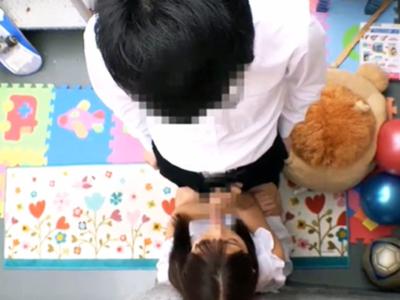 【エロ動画】日焼け跡+パイパンがキュートなロリ娘(冬愛ことね、永瀬ゆい)にオヤジチンポをぶち込んで、喘ぎっぱなしの自由研究を!