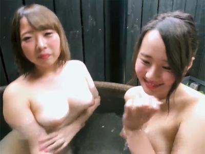 【エロ動画】むっちりボディの素人娘×2の入浴シーンを撮影してたら発情!巨乳パイズリや手コキでご奉仕されちゃった!